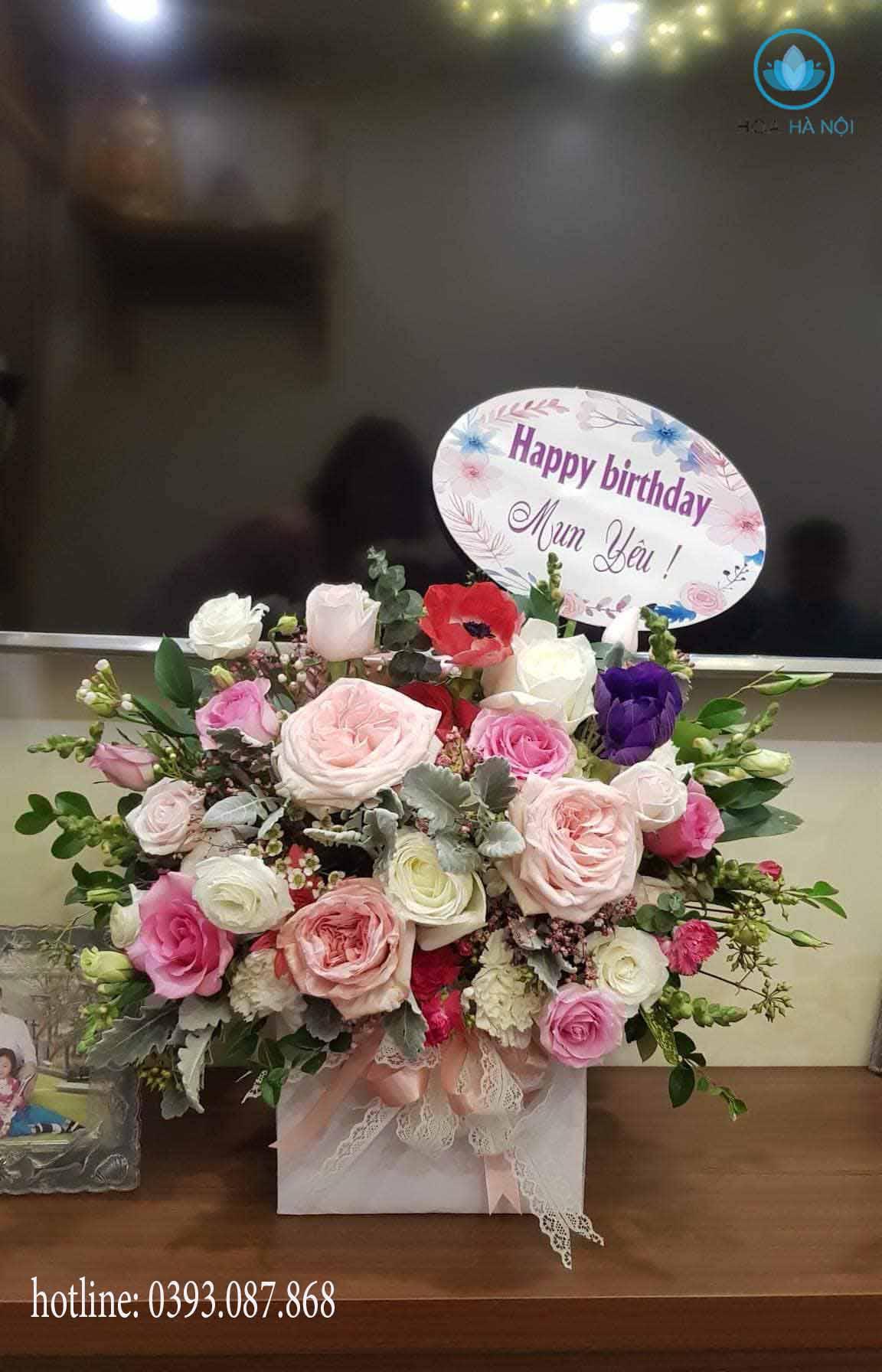 Bó hoa tươi thắm là món quà ý nghĩa thay lời muốn nói gửi tới người thân