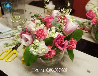Một số cách cắm hoa đơn giản 2