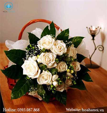 Một số cách cắm hoa đơn giản 3