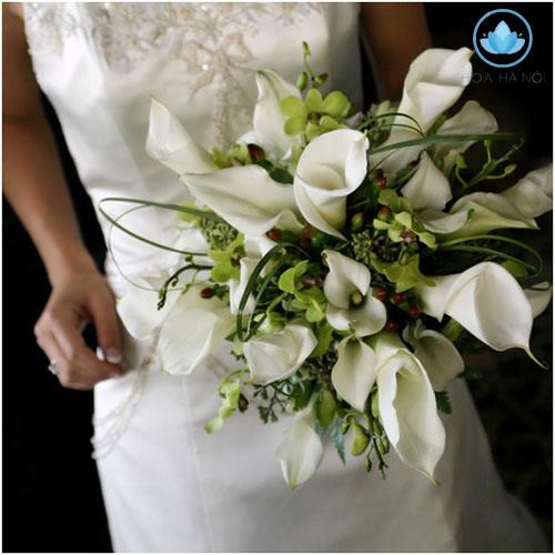Hoa cưới cầm tay với những bông hoa dài 3